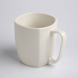 Kubek kwadratowy NBC Altom Design Regular, 400ml, porcelana, kremowy