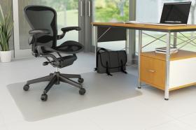 Mata podłogowa pod krzesło Q-Connect, 120x90cm, litera T, twarda, przezroczysty